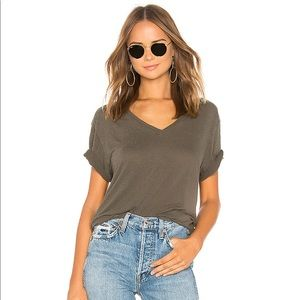 MONROW Oversized V Neck Tee in Olive Small